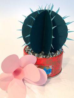 18 best paper plant tutorials - The House That Lars Built Paper Cactus, Paper Plants, Crazy Hat Day, Crazy Hats, Cactus Hat, Papier Diy, Art N Craft, Origami Paper, Flower Making