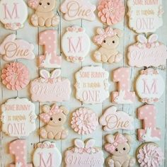 Some Bunny is One! 🐰 The adorable bunny cutter is from First Birthday Cookies, Easter Birthday Party, 1st Birthday Party For Girls, 1st Birthday Decorations, First Birthday Themes, Bunny Birthday, First Birthdays, Birthday Ideas, Bunny Party