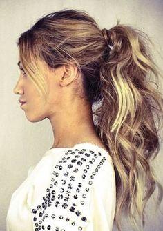 Mühelos Pferdeschwanz Frisur mit Pony Smart Frisuren für Moderne Haar