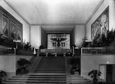 A view inside the Romanesque Pavilion of the new German Reich, on display at the 1937 Paris Worlds Fair. Fascist Architecture, German Architecture, Art And Architecture, Paris, France Eiffel Tower, Berlin, Germany And Italy, The Third Reich, World's Fair