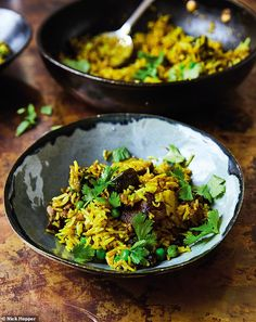 Lamb and vegetable biryani (curry) recipe. This Indian dinner favourite is by wellness guru Jasmine Hemsley and is filled with juicy raisins and cashews for a sweet and succulent taste. Indian Food Recipes, Beef Recipes, Cooking Recipes, Healthy Recipes, Ethnic Recipes, Healthy Food, Healthy Eating, Biryani Curry Recipes, Vegetable Biryani Recipe