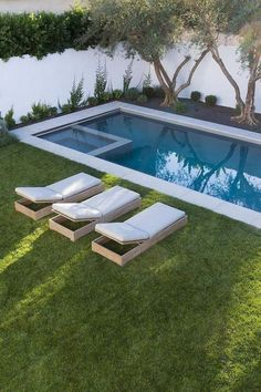 Here are 40 Amazing Backyard Pool Ideas Incredible Pool Designs That Will Make A Splash In Your Backyard Landscaping. tags: backyard ideas, swimming pool design, backyard pool ideas on budget, small backyard pool, backyard pool lanscaping. Backyard Ideas For Small Yards, Cozy Backyard, Backyard Pool Designs, Small Backyard Gardens, Modern Backyard, Small Backyard Landscaping, Landscaping Ideas, Desert Backyard, Small Pool Backyard