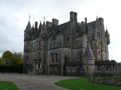 Blarney House was built in the 19th century in the grounds of Blarney Castle. Blarney Castle is the third structure to have been erected on this site. In the 10th century there was a wooden hunting lodge. Around 1210 this was replaced by a stone structure with its entrance some twenty feet above the...