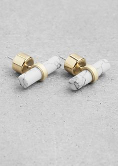 & OTHER STORIES Elegant brass earrings featuring a genuine stone bar with a marble-looking finish.