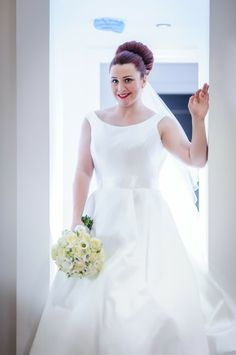 On Ice. A Glamorous Real Wedding In Saddleworth – Katie
