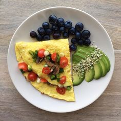 Leisurely Saturday mornings with @feedandfuel - Mediterranean inspired omelette with mushrooms cherry tomatoes scallions and feta cheese. Added avocado with hemp hearts and blueberries on the side. So good! #fuel . . . #breakfast #brunch #weekends #leisure #omlette #mediterranean #blueberry #avocado #fresh #delicious #egg #realfood #hempseeds #healthcoachjax #healthyhabits #holistichealth #eatinghealthy #healthymeal #eatgoodfeelgood #glutenfree  #foodiechats #buzzfeast #goodeats #cleaneats…