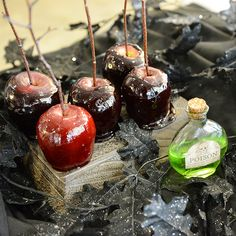 """""""Poisoned"""" candy apples - a Halloween classic! They look like they belong in a Disney movie!"""