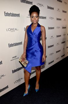 Teyonah-Parriss-2015-Entertainment-Weekly-Pre-Emmy-Party-John-Paul-Ataker-Blue-Button-Dress-Kate-Spade-Clutch-and-Lust-for-Life-Pumps.jpg (674×1024)
