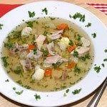 Praktická Kuchařka: Kuřecí polévka se zeleninou