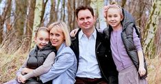 Happy parents and their children ~ Regardless of your background or culture, you'll find that the Bible provides practical advice that can improve your marriage and help you raise your children. Richard Branson, Bill Gates, Klaus Schmidt, Jorge Paulo Lemann, Andrea Nahles, Software Libre, Interview, Tony Abbott, Happy Parents