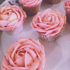 Lily Pink Bakery rose cupcakes