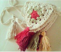 Crochet Bunting, Crochet Garland, Crochet Owls, Crochet Diy, Crochet Decoration, Modern Crochet, Crochet Home, Love Crochet, Crochet Granny