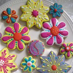 Modern flower cookies