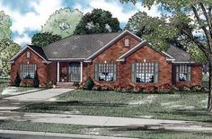 Traditional   House Plan 61351