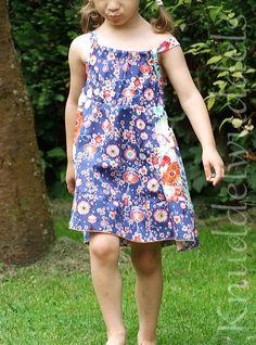 verlägertes Esi-Top, Schnitt von Farbenmix Bunt, Tops, Dresses, Fashion, Sewing For Kids, Gowns, Vestidos, Moda, Fashion Styles