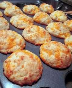 Better than Red Lobster Cheesy Biscuits: 1 1/2 cups Bisquick, 3/4 cup buttermilk, 3 Tbsp sugar or Stevia, 1/4 tsp vanilla, 1 cup shredded cheddar cheese. Preheat oven to 425.  Stir together all ingredients just until combined.  Scoop into a mini muffin pan coated with cooking spray.  Bake 12-15 minutes, until golden. | plainchicken.com