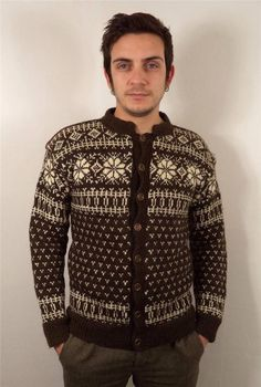 VTG MENS CHUNKY WOOL NORWEGIAN SNOWFLAKE KNITWEAR CARDIGAN SWEATER JUMPER XS #none Knitted Boot Cuffs, Knit Boots, Knitted Hats, Sweater Cardigan, Men Sweater, Chunky Wool, Fair Isle Knitting, Knit Beanie, Knitting Patterns Free