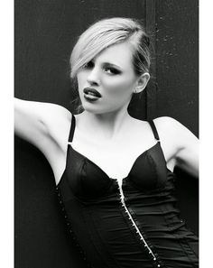 Moda - Sergio Cyrillo Photographer Peças da Produção by Walério Araújo #fashion #photo #shooting #blond #black #and #white #beauty #model