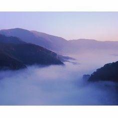 Hasselblad X-PAN / 45mm / FUJI RVP / Film scan. #운해 #청송 #주왕산 #정상의아침 #아침 #핫셀 #핫셀블라드 #엑스팬 #파노라마#인스타사진 #landscape #감성사진#필름카메라 #필름사진