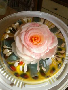 #increibleycierto Jelly Cake, Deli, Amazing Cakes, Floral, Desserts, Art 3d, Candy Centerpieces, Deserts, Cooking