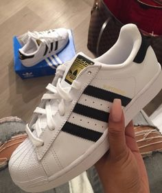 cheap for discount 035e3 1718a Updo, Me Too Shoes, Cute Shoes, Crazy Shoes, Adidas Pants