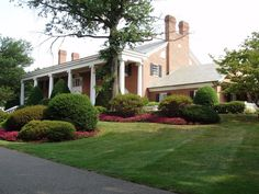 Gallery of photos of the Bellewood Country Club clubhouse. Clubhouses, Golf Clubs, Photo Galleries, Sidewalk, Mansions, Country, House Styles, Gallery, Home