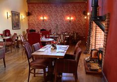 Traditional pub restaurant serving fresh food, cask ales and wine. The Highwayman, Kirkby Lonsdale Cool Countries, Ale, Restaurants, Hotels, Traditional, Country, Furniture, Home Decor, Diners