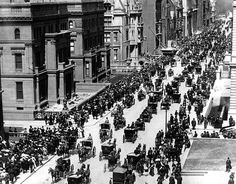 "1900: Fifth Avenue in New York City on Easter Sunday."" (Getty Images) Photos: Easter In NYC, Every Decade From The 1890s Through 1970s: Gothamist"