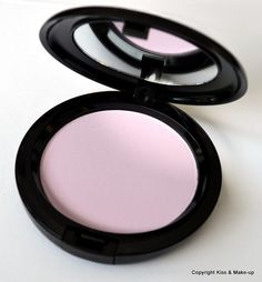 Review (MAC Prep + Prime CC Colour Correcting Compact in Illuminate) (2)
