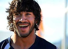 Johnathan Thurston--one of my fave rugby players. Though he constantly steals the spotlight from my Cooper, I can't help but respect a man who came from humble beginnings and worked his way to the top! Johnathan Thurston, National Rugby League, Wests Tigers, Cowboys Men, Rugby Men, Beefy Men, Queenslander, All Blacks, Rugby Players