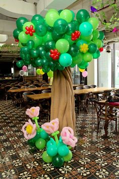 Incredible balloon tree at a fairy garden birthday party! See more party… Garden Birthday, Fairy Birthday, 1st Birthday Parties, Birthday Ideas, Balloon Decorations, Balloon Ideas, Balloon Tree, Girls Tea Party, Tinkerbell Party