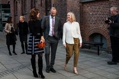 Princess Mary wore a skirt Chloé at a population conference in Copenhagen.