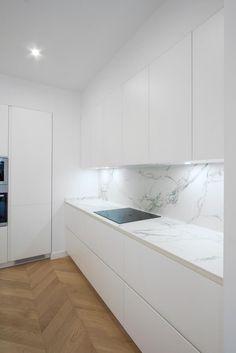 Kitchen Room Design, Kitchen Cabinet Design, Modern Kitchen Design, Home Decor Kitchen, Interior Design Kitchen, Kitchen Ideas, Scandinavian Home Interiors, Modern Kitchen Cabinets, Design Moderne