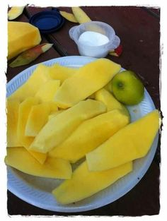 A favorite treat is 'mango verde'. Before the mango is ripe you can enjoy slices of mango with salt, pepper, cumin and lemon or vinegar.