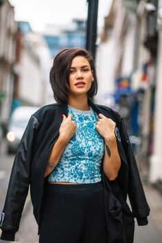 Sinead Harnett during London Fashion Week Photography by Bold Hair Color, Curled Hairstyles, London Fashion, Pretty People, Music Artists, Pretty Woman, Photography Poses, Bomber Jacket, Fancy