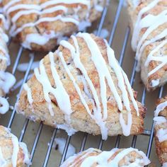 Maple-Glazed Apple Cinnamon Scones: Make the dough the night before then bake them fresh in the morning to make your kitchen smell amazing. Cinnamon Scones, Apple Cinnamon, Breakfast Scones, Original Recipe, Sweet Dreams, Food To Make, Peanut Butter, Cooking Recipes, Bread