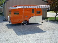 Brand new. Built by the Amish in Ohio.  Vintage Canned Ham Camper Trailer 1950s (reproduction) As Shasta/Aljio Tailgatng