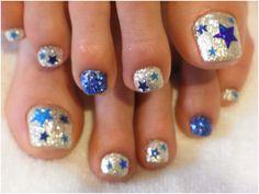 #Dallas_Cowboys Glitter Stars #Pedi #nails #nailart