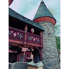 #MrToad #DisneylandEggStravaganza  #Disneyland #Easter #EasterEggs #Easter2016 #DisneylandEggStravaganza2016 #EasterEggHunt by amynagaoka