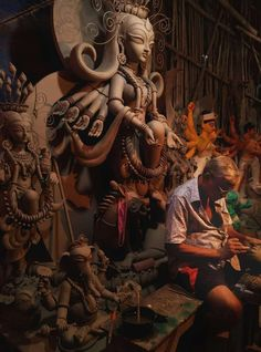 Maa Durga Image, Durga Maa, Durga Goddess, Durga Puja Kolkata, Durga Painting, Durga Images, Bengali Bride, Mother Goddess, Hindu Art