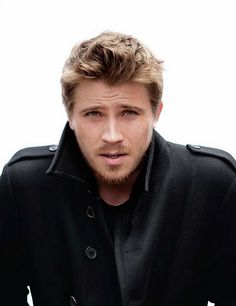 """Graham Rowley? No, it is actually Garrett Hedlund. Or who I like to refer to as """"nummy nummy nummers."""""""
