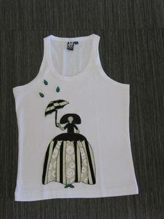 Camiseta tirantes Menina con paraguas. Confeccionada por unaunica.com