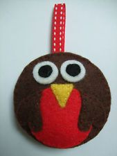 Felt craft kit - Christmas Robin - sewing kit, tree decoration, fun for children