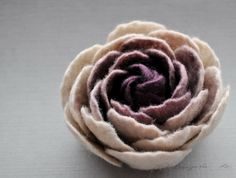 Felted Flower Brooch, Ranunculus Felt Flower Brooch, Aubergine Plum and Beige Flower, Felted Blossom, Floral jewelry, Natural jewelry