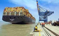De bevolkingsgroei in Azië en Afrika neemt toe. Meer aanvoer van goederen naar grote steden aan het water is nodig. Dat staat gelijk aan grotere schepen en havenuitbreiding. Is dat de focusgroep voor de baggerindustrie?