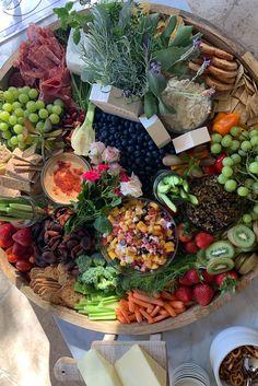 Kourtney Kardashian Diet, Meat Rolls, Filling Food, Sliced Turkey, Ketogenic Recipes, Ketogenic Diet, Avocado Smoothie, High Fat Diet, Keto Snacks