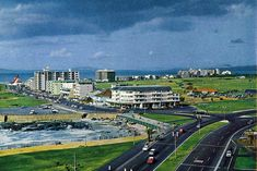 Mouilly Point and Sea Point - Cape Town - in the Old Pictures, Old Photos, Apartheid Museum, Cape Town South Africa, Most Beautiful Cities, National Parks, Places To Visit, 1960s, Nostalgia