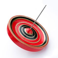 Japanese Spinning Tops / Super Spinner by Masaaki Hiroi Japanese Toys, Fun World, Spinning Top, Wooden Tops, Wood Turning, Inventions, Gadget, The Creator, Geek Stuff