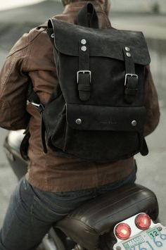 I guess the point of this was supposed to be the biker culture, but damn...I like that bag.