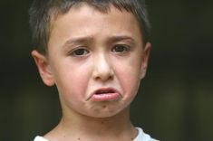 A pretty decent article on how to get your small children to stop whining. Definitely trying a few of these tips on Amadeus. Parenting Fail, Parenting Articles, Parenting Ideas, Stop Whining, Childhood Obesity, Struggling Readers, Kids Health, Toddler Preschool, Healthy Kids